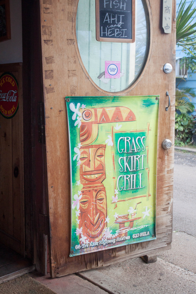 Grass Skirt Grill in Haleiwa Sign